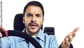 """Morgen startet die neue Serie """"Aus dem Tagebuch eines Uber-Fahrers"""". In der Titelrolle der in Hamburg spielenden Dramedy ist Kostja Ullmann zu sehen. (Foto: obs/Joyn/Christoph Köstlin)"""