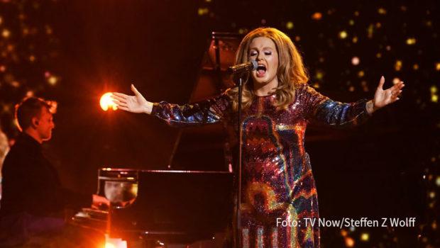 """Bei """"Big Performance"""" fällt am morgigen 3. Oktober die Entscheidung. RTL zeigt das Finale der musikalischen Rateshow, in dem """"Adele"""" gegen """"Mick Jagger"""" und """"Tom Jones"""" antritt. (Foto: TV Now/Steffen Z Wolff)"""
