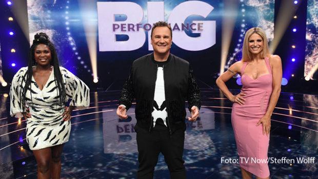 """Am morgigen 12. September startet bei RTL die neue Musikshow """"Big Performance – Wer ist der Star im Star?"""". Motsi Mabuse, Guido Maria Kretschmer und Michelle Hunziker bewerten als Jury-Trio die Leistungen der aufwendig maskierten und kostümierten Promis. (Foto: TV Now/Steffen Wolff)"""