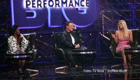 """""""Wer ist der Star im Star?"""", lautet am morgigen 19. September wieder die Frage bei RTL. In der zweiten Ausgabe der Primetime-Show """"Big Performance"""" treten u.a. """"Tom Jones"""", """"Adele"""" und """"Elton John"""" auf. (Foto: TV Now/Steffen Wolff)"""