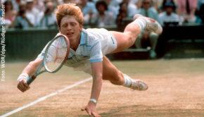 """An den ersten Sieg von Boris Becker in Wimbledon erinnert das WDR Fernsehen am 16. Mai in der Sendung """"Zurück in die Zukunft – 1985"""" aus der Reihe """"Unser Land in den 80ern"""". Auch ein RTL-Spielfilm über die frühen Jahre des Tennisstars, den Regisseur Hannu Salonen inszeniert, ist jetzt in Planung. (Foto: WDR/dpa/Rüdiger Schrader)"""