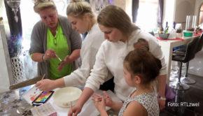 Auch bei den Wollnys ist die Corona-Krise ein Thema. In der neuen Doppelfolge der Doku-Soap, die RTLzwei am morgigen 21. Oktober ausstrahlt, ist Familienoberhaupt Silvia als Homeschooling-Spezialistin gefragt. (Foto: RTLzwei)