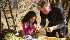 Der britische Starkoch Gordon Ramsay begibt sich für National Geographic auf eine kulinarische Weltreise. Ab Sonntag zeigt der Sender sechs Folgen der Serie als deutsche Erstausstrahlung. (Foto: National Geographic/Mark Johnson)