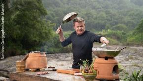 """Auch in Staffel 2 von """"Gordon Ramsay: Kulinarische Abenteuer"""", die National Geographic ab dem 7. September in deutscher Erstausstrahlung zeigt, wird nicht nur gemütlich Essen zubereitet. Der britische Starkoch muss zahlreiche ungewöhnliche Herausforderungen meistern. (Foto: National Geographic/Justin Mandel)"""