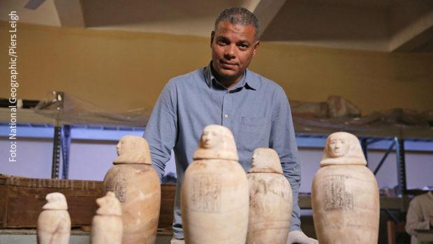 """Der Tübinger Forscher Ramadan Hussein und seine Kollegen haben bei Ausgrabungen bahnbrechende Erkenntnisse über die Bestattungskultur der alten Ägypter gewonnen. Dies dokumentiert die Serie """"Königreich der Mumien"""", die am Sonntag als deutsche TV-Premiere auf National Geographic startet. (Foto: National Geographic/Piers Leigh)"""