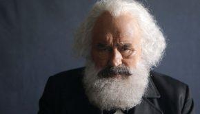 """Mario Adorf als Karl Marx Weiterer Text über ots und www.presseportal.de/nr/7840 / Die Verwendung dieses Bildes ist für redaktionelle Zwecke honorarfrei. Veröffentlichung bitte unter Quellenangabe: """"obs/ZDF/Reda Laaroussi"""""""