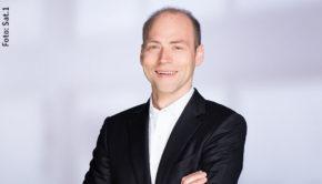 Viel Neues hat derzeit Sat.1-Geschäftsführer Kaspar Pflüger zu verkünden. Sein Sender tritt die Nachfolge von RTL als Partner des Deutschen Comedypreises an. Zudem wurde heute bekannt, dass Sat.1 ab 2021 Live-Spiele aus den Fußball-Bundesligen überträgt. (Foto: Sat.1)
