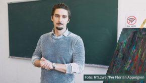 """Einen Neuzugang gibt's heute in der Daily-Soap """"Krass Schule"""". Junglehrer Niko Hansen wird von Sandy Fähse gespielt, der vielen RTLzwei-Zuschauern schon bestens aus """"Berlin – Tag & Nacht"""" bekannt sein dürfte. (Foto: RTLzwei/Per Florian Appelgren)"""