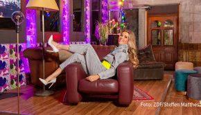 """Eine weitere Folge der zdfneo-Talkshow """"Laura Karasek – Zart am Limit"""" steht am 5. November bei ZDFneo auf dem Programm. Die Moderatorin spricht darin mit ihren Gästen Dagi Bee, Annette Weber und Charlotte Würdig über das Thema """"Fame"""". (Foto: ZDF/Steffen Matthes)"""