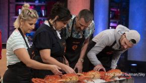 """Runde 8 der Kochshow """"MasterChef Celebrity"""" steht am heutigen 19. Oktober bei Sky auf dem Programm. Dabei bekommen es die prominenten Kandidaten am Herd u.a. mit der sogenannten Monsterkrabbe zu tun. (Foto: Silviu Guiman/Sky)"""