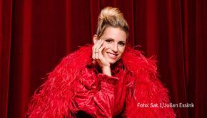 """Die Moderatorin und der Sendetermin für die neue Sat.1-Musikshow mit Promis und Puppen stehen nun fest: Michelle Hunziker wird """"Pretty in Plüsch"""" ab dem 27. November präsentieren. (Foto: Sat.1/Julian Essink)"""