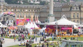 """Der Stuttgarter Schlossplatz ist einer der Schauplätze des viertägigen Sommerfestivals des SWR, das morgen beginnt. U. a. werden zur Open-Air-Premiere des neuen """"Tatorts"""" tausende Besucher erwartet. (Foto: obs/SWR)"""