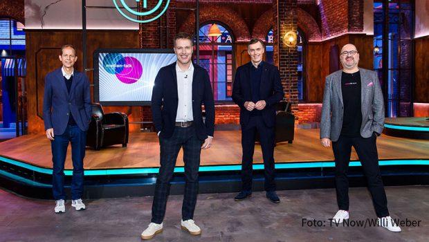 Mit der Integration von TV Now Premium in MagentaTV wollen die RTL-Gruppe und die Telekom den Grundstein für eine umfassende Kooperation in den Bereichen Streaming und personalisierte Werbung legen. Die Zusammenarbeit wurde jetzt von Stephan Schäfer und Bernd Reichart (beide RTL) sowie Michael Hagspihl und Michael Schuld (beide Telekom) vorgestellt. (Foto: TV Now/Willi Weber)