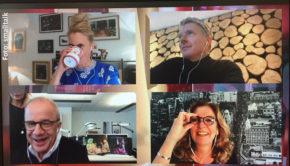 """Auch im Homeoffice lässt sich eine Talkshow aufziehen – das beweisen die Moderatoren Barbara Schöneberger, Jörg Pilawa, Bettina Tietjen und Hubertus Meyer-Burckhardt mit einer Online-Sonderausgabe der """"NDR Talk Show"""". (Foto: NDR)"""