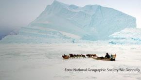 """Am 27. November zeigt National Geographic die neue Dokumentation """"The Last Ice – Rettung für die Arktis"""" als deutsche TV-Premiere. Der Film führt den Überlebenskampf der Inuit angesichts der Klimakatastrophe vor Augen. (Foto: National Geographic Society/Nic Donnelly)"""