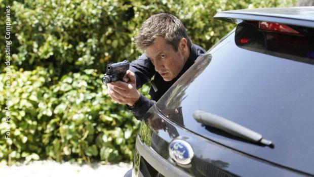 """Als nicht mehr ganz so junger Polizeianwärter beim LAPD warten neue Herausforderungen auf John Nolan. Fox zeigt die zweite Staffel der US-Serie """"The Rookie"""" mit Nathan Fillion in der Hauptrolle ab morgen als deutsche TV-Premiere. (Foto: Fox/American Broadcasting Companies)"""