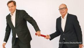 In der deutschen Niederlassung des Kosmetikkonzern Clarins findet zum Jahresbeginn ein Stabwechsel statt. Thomas Rieder, der auch als Präsident der Fragrance Foundation Deutschland fungiert, tritt als General Manager die Nachfolge von Stephan Seidel an. (Foto: Clarins Deutschland)