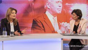 """Großen Zuspruch fand gestern Abend die vorgezogene Rückkehr von """"Maischberger. Die Woche"""" aus der Winterpause. Knapp zwei Millionen Zuschauer sahen Sandra Maischbergers Sendung zur Erstürmung des Kapitols in Washington. Ab heute ist auch eine neue Ausgabe ihres Podcasts online. (Foto: WDR/Oliver Ziebe)"""